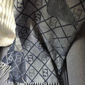 Cashmere vintage Fendi scarf